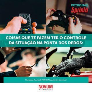 Existem situações em que é fundamental ter o controle na ponta dos dedos...  Com #PETRONASSprinta, você possui respostas mais rápidas, com controle do trajeto na ponta dos seus dedos. É  #ConexãoMáxima com a sua moto!